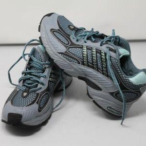 adidas womens adiPRENE trail running shoes Size 8